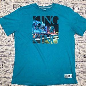 Nike Lebron James King Is King SS Tee (XL)